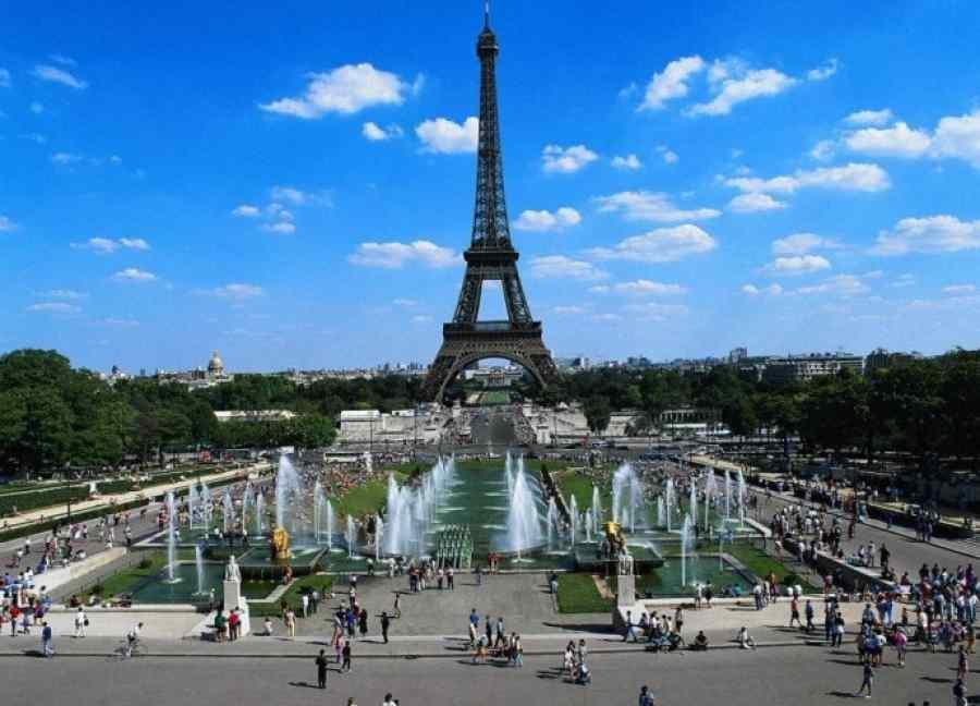 Отдых и проживание в Париже
